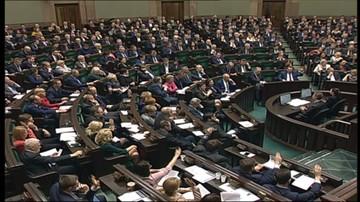 29-12-2015 22:44 Sejm wprowadził podatek bankowy