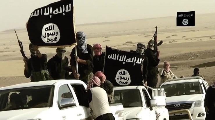 """""""La Stampa"""": IS kupuje broń od mafii w zamian za zabytki"""