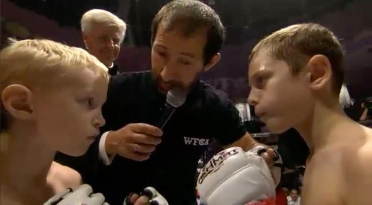 Dzieci Kadyrowa walczą w klatkach. Gala MMA na cześć przywódcy