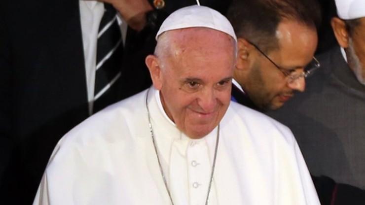 Papież apeluje do przywódców religijnych o sprzeciw wobec przemocy