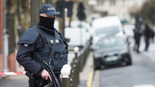 Rząd Francji chce przedłużyć stan wyjątkowy o kolejne dwa miesiące