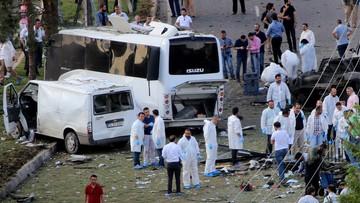 10-05-2016 17:52 Wybuch samochodu-pułapki w Turcji. Zginęły 3 osoby, 45 jest rannych