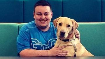 """Muzułmański taksówkarz odmówił przewiezienia niewidomego z psem. """"Pies to zwierzę nieczyste"""""""