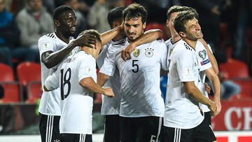 06-09-2017 22:00 Nazistowskie okrzyki niemieckich kibiców podczas meczu z Czechami. FIFA wszczęła postępowanie