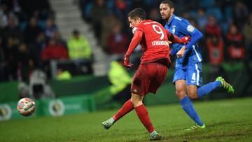 10-02-2016 23:38 Lewandowski wepchnął Bayern do półfinału Pucharu Niemiec