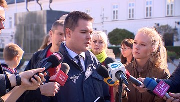 """01-10-2017 16:50 Rzepecki zawieszony w prawach członka PiS. """"Pierwszy krok do wyrzucenia go z partii"""""""