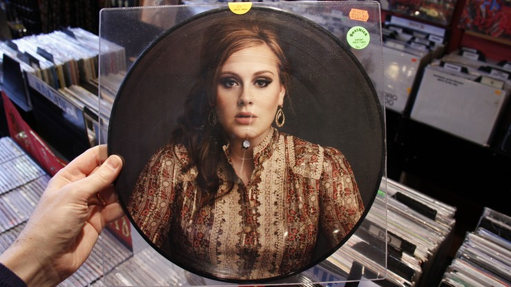 Polacy w 2015 roku najczęściej kupowali płyty Adele, Celińskiej, Podsiadło i Gangu Albanii