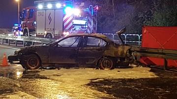 Swarzędz: 18-latek spłonął w bagażniku auta, którym jechało 8 osób. Kierowca był pijany