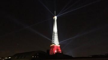 26-06-2016 08:13 Biało-czerwona wieża Eiffla. Gratulacje na budynkach w Warszawie