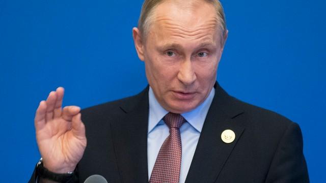 Sondaż: Rosjanie nie odczuwają wpływu sankcji