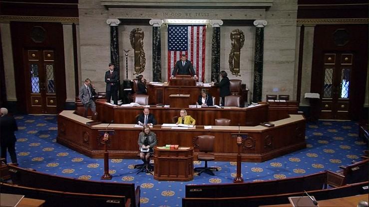 """Szef komisji Rady Federacji chce """"bolesnej"""" dla USA reakcji na sankcje"""