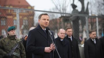 17-12-2015 19:25 Prezydent złożył w Szczecinie hołd ofiarom Grudnia'70