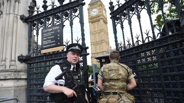 Wielka Brytania: poziom zagrożenia obniżony do poważnego