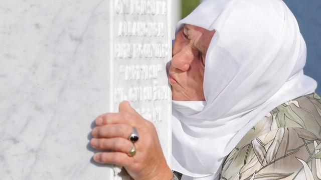 Obchody 20. rocznicy masakry w Srebrenicy