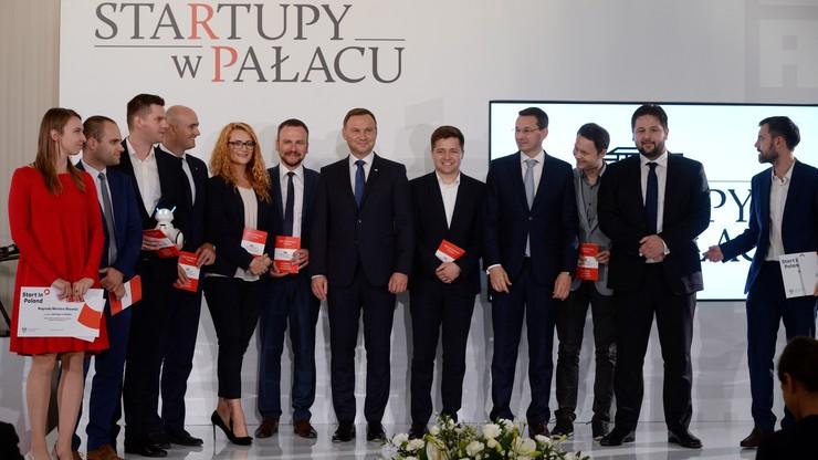 Młodzi przedsiębiorcy pokazali swoje startupy prezydentowi