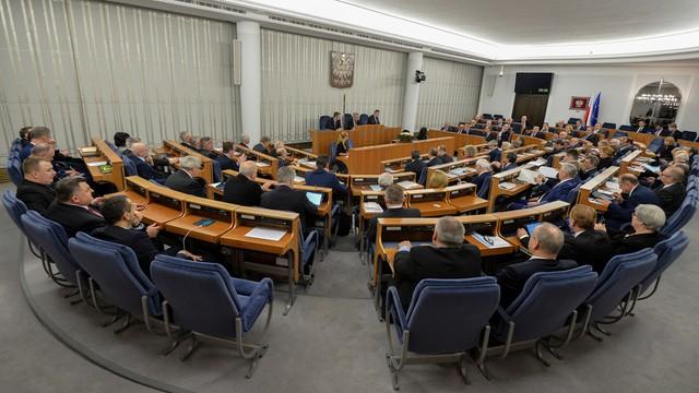 Senat walczy z terroryzmem. Ograniczony dostęp do materiałów z których można zrobić bombę