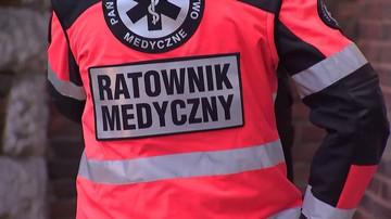 09-01-2017 12:15 Pijani mężczyźni zaatakowali ratowników medycznych. Bo musieli czekać na karetkę