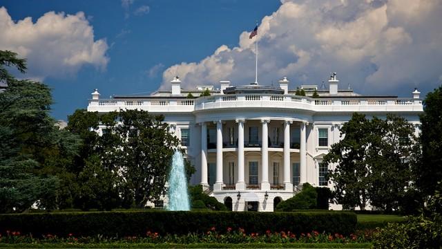 Bialy Dom poprawia strategię walki z Państwem Islamskim