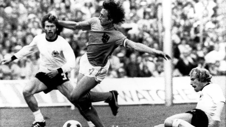 Johann Cruyff nie żyje. Przegrał walkę z rakiem