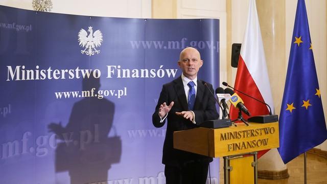Min. Finansów zawiesza podatek handlowy