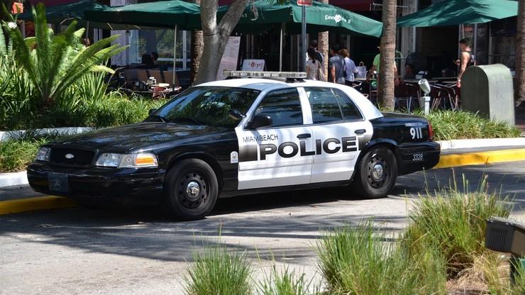 Policja postrzeliła czarnoskórego mężczyznę, gdy próbował pomóc pacjentowi