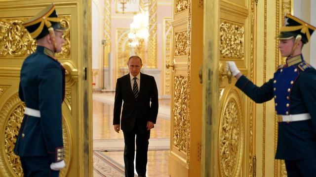Putin zaproszony z wizytą do Francji w październiku