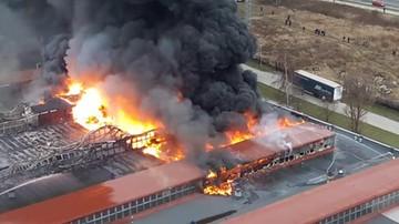 Pożar hali produkcyjnej w Świebodzicach.