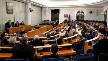 30-01-2016 15:21 Senat przyjął ustawy o prokuraturze. Teraz czekają na podpis prezydenta