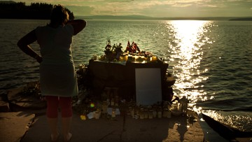 Rodziny ofiar Breivika znów przejdą piekło. Rusza proces wytoczony przez zamachowca