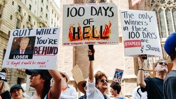 02-05-2017 06:46 Protesty przeciwko polityce imigracyjnej Trumpa