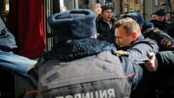 26-03-2017 20:26 Kilkadziesiąt tysięcy Rosjan wyszło na ulice. Protesty i zatrzymanie Nawalnego
