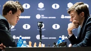2016-11-24 MŚ w szachach: Remis Carlsena z Karjakinem w dziewątej partii