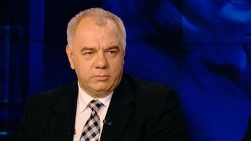 08-03-2016 22:21 Mocne słowa Jarosława Kaczyńskiego pod adresem KOD. Sasin: mamy prawo do własnego zdania