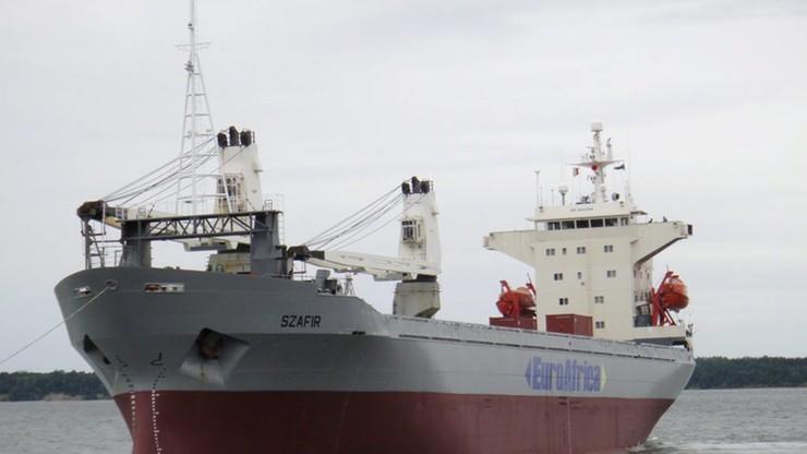 """Trzech marynarzy ze statku """"Szafir"""", z którego uprowadzono część załogi, wróciło do Polski"""