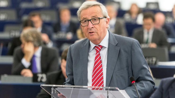 Juncker: kolor skóry nie może być powodem nieprzyjęcia uchodźców