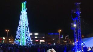 Estonia: choinka jak Wieża Eiffla. Nietypowe drzewko świąteczne
