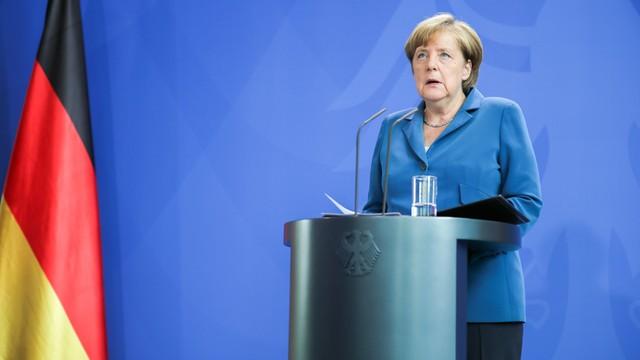 Niemcy: najniższe od 5 lat poparcie dla Merkel, antyislamiści zyskują