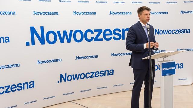 Nowoczesna zaczęła akcję #Piotrowicze - chcą pokazać działaczy PZPR w PiS