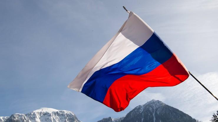 Lasickienie: Nie mogę pomalować paznokci w rosyjskie barwy