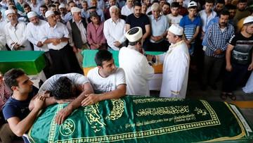 21-08-2016 16:11 Zamachu w Gaziantep dokonało dziecko - tak twierdzi Erdogan