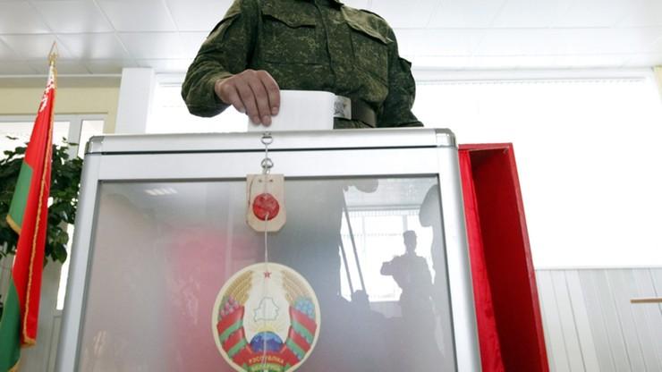 Białoruś: 17 niezależnych obserwatorów pozbawionych akredytacji