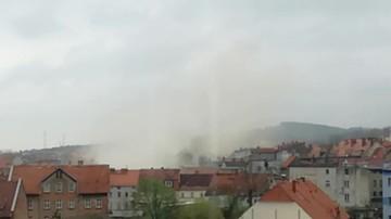 Zawaliła się kamienica w Świebodzicach. Wideo od użytkownika Jacek