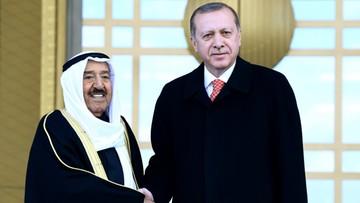 23-03-2017 22:43 Erdogan zapowiada przegląd stosunków z UE po referendum