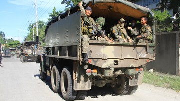 24-05-2017 11:32 Filipiny: Islamiści uprowadzili z kościoła kilkunastu wiernych