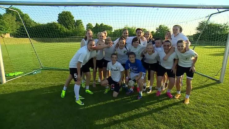 Piłkarki Górnika Łęczna złożyły życzenia z okazji Dnia Matki