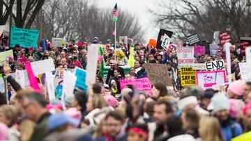 """21-01-2017 19:57 """"My, naród, jesteśmy silniejsi niż strach"""". Setki tysięcy uczestników Marszu Kobiet w Waszyngtonie"""