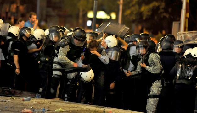 Macedonia: 30 osób oskarżonych o terroryzm po piątkowych starciach