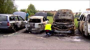 11-07-2016 10:52 Pożar siedmiu aut. To prawdopodobnie podpalenie