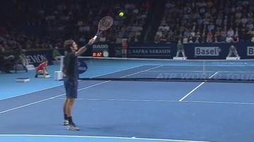 2015-10-28 Federer iluzjonistą? Przyciągnął piłkę! (WIDEO)