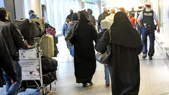 Niemcy: rząd przyjął projekt ustawy o integracji imigrantów
